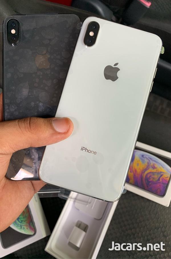 Brand new unlocked IPhone Xs Max