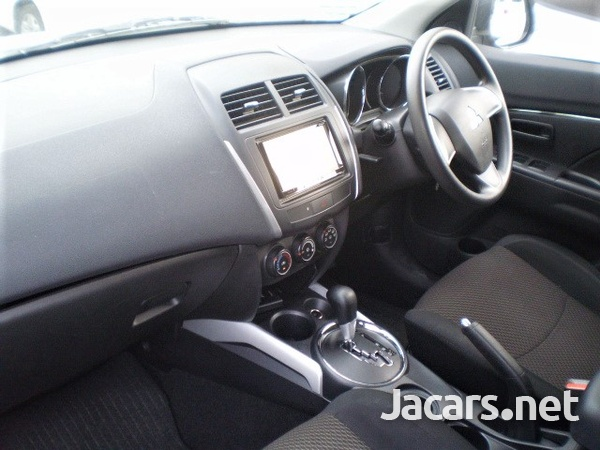 Mitsubishi RVR 2,0L 2014-4