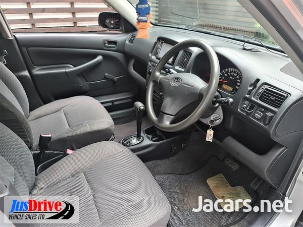 Toyota Probox 1,2L 2013-7