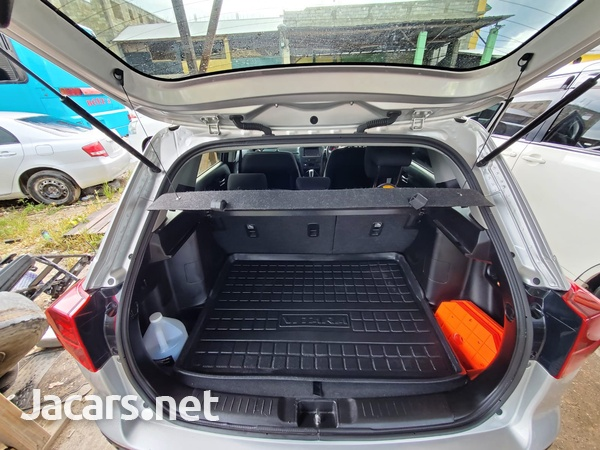 Suzuki Vitara 1,6L 2020-8