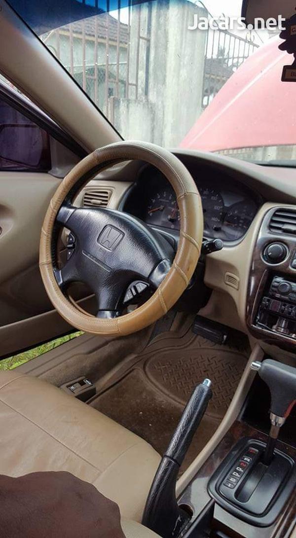 Honda Accord 3,0L 1998-10
