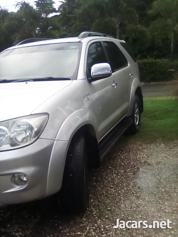 Toyota Fortuner 2,7L 2007-2