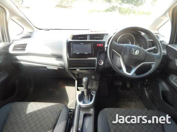 Honda Fit 2,0L 2016-8