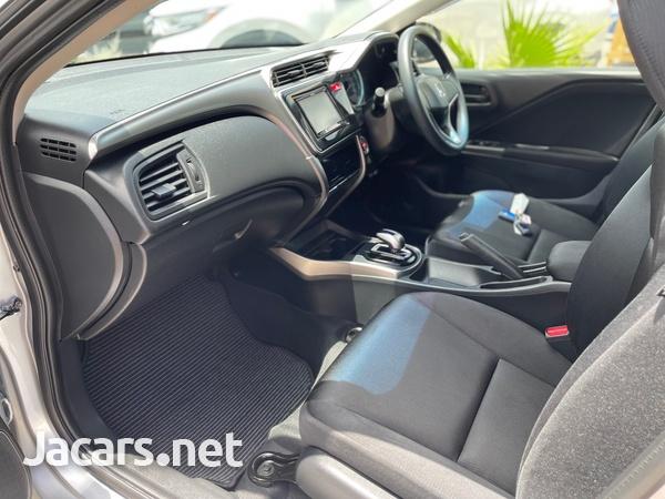 Honda Grace 1,4L 2015-10
