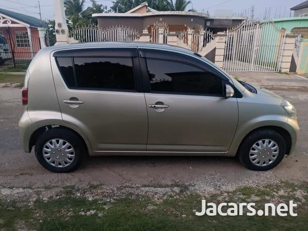 Toyota Passo 1,0L 2010-4