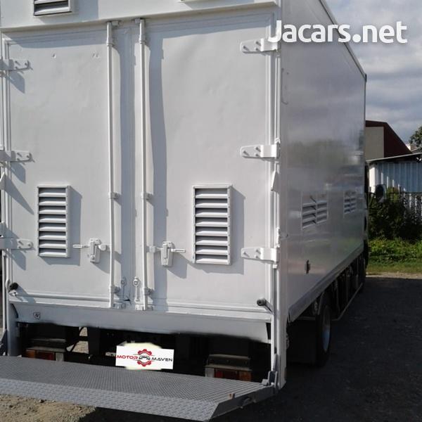 2010 Isuzu Elf Truck-2