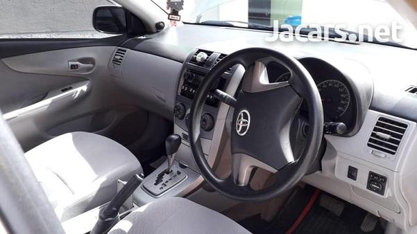 Toyota Axio 1,4L 2012-6
