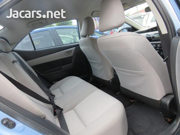 Toyota Corolla 1,6L 2015-5