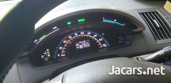Toyota SAI 2,4L 2013-5