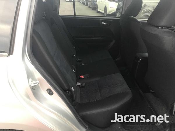 Toyota Fielder 1,8L 2012-6