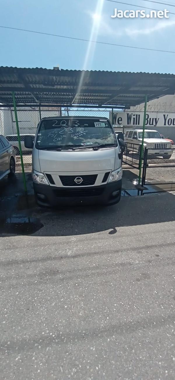 Nissan Caravan 2,0L 2013-1
