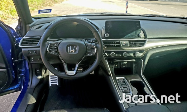 Honda Accord 2,0L 2018-12