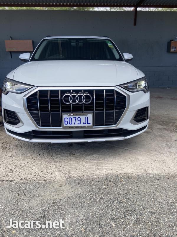 Audi Q3 2,0L 2020-1