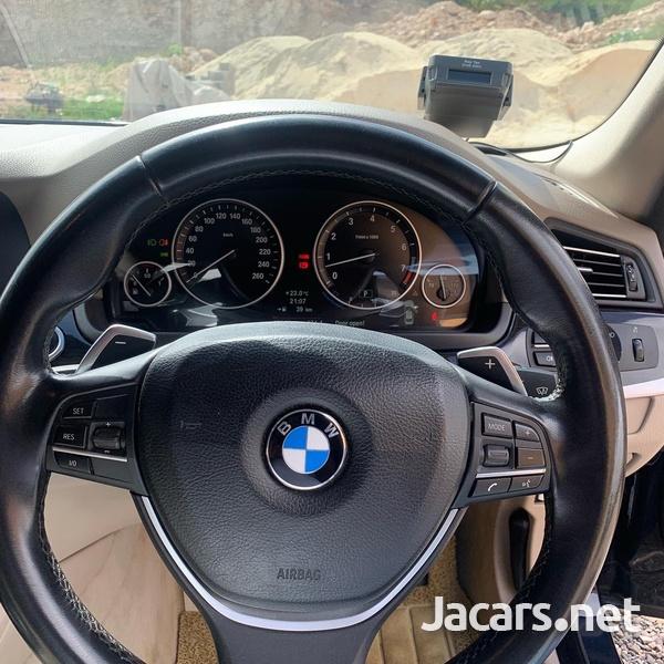 BMW 5-Series 2,0L 2011-7