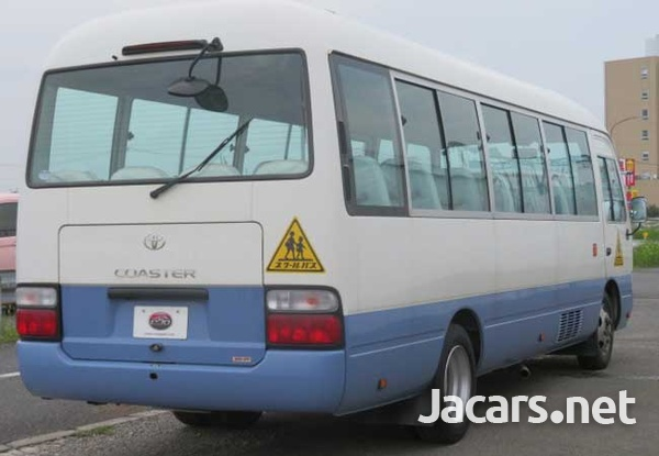 2011 Toyota Coaster Bus 4,0L-3