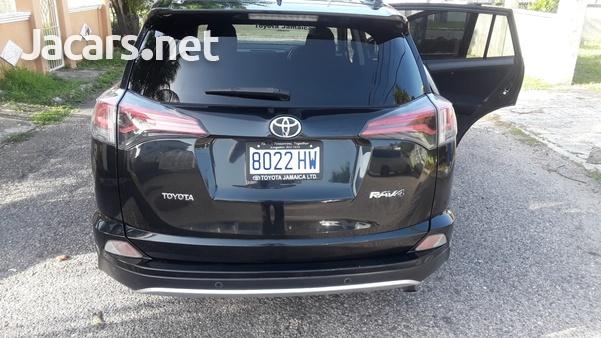 Toyota Rav4 2,0L 2017-10