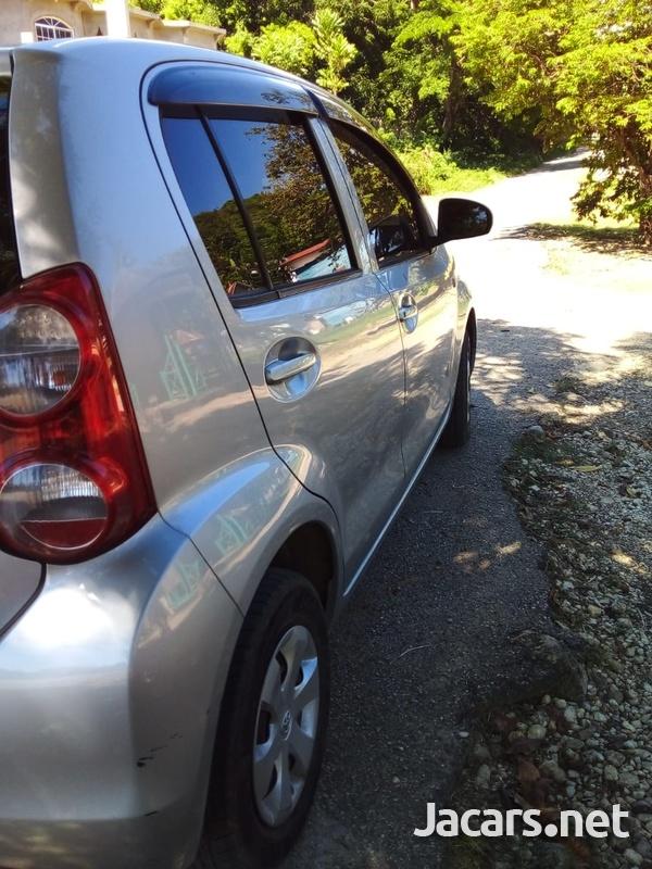 Toyota Passo 1,5L 2010-5