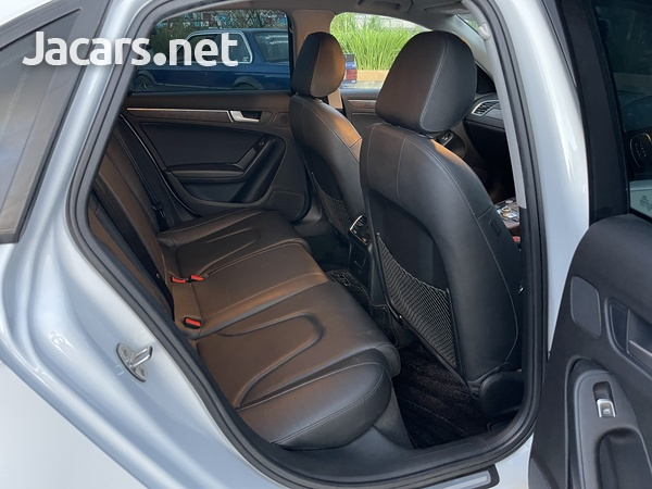 Audi A4 2,0L 2013-5