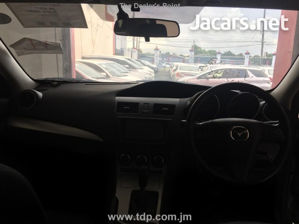 Mazda Axela 1,5L 2013-5