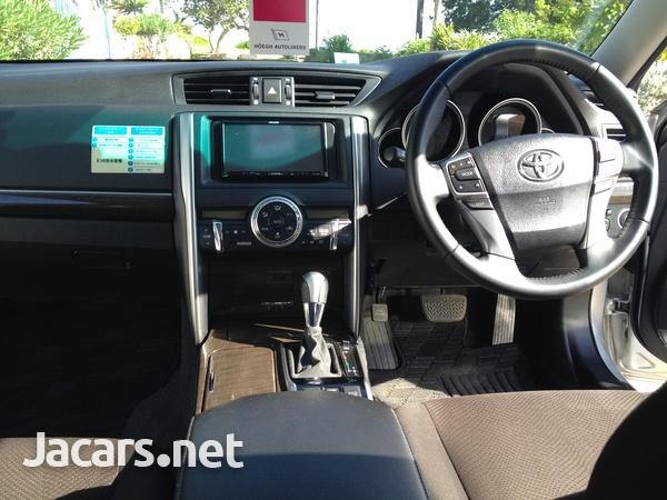 Toyota Mark X 2,5L 2014-6
