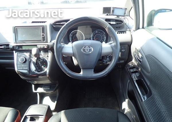 Toyota Wish 2,0L 2013-11