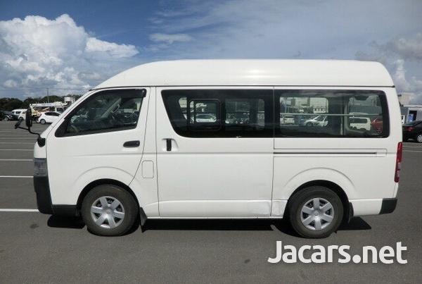Toyota Hiace Bus 3,0L 2015-6