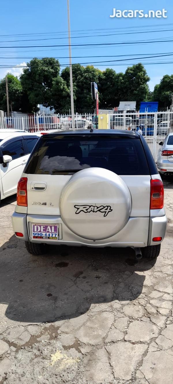 Toyota RAV4 2,0L 2003-1