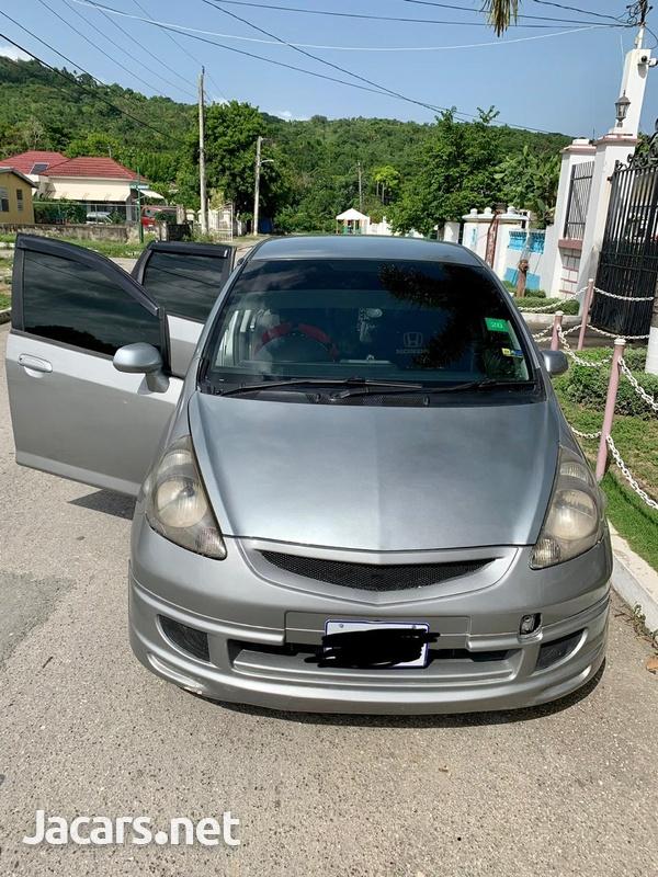 Honda Fit 1,3L 2003-1