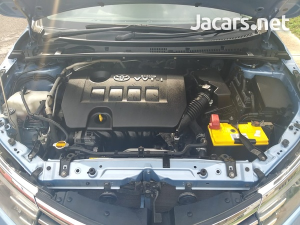 Toyota Corolla 1,6L 2015-3