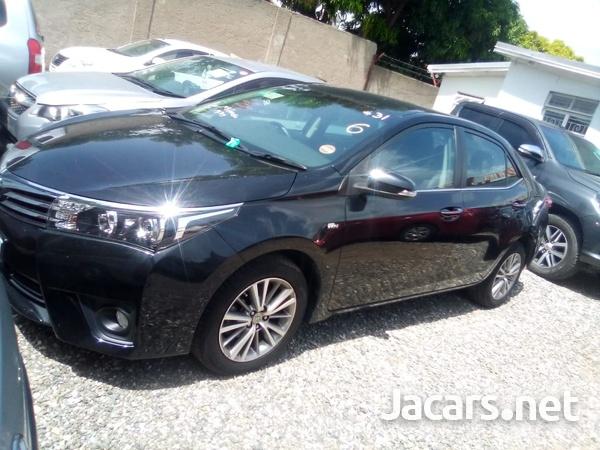 Toyota Corolla Altis 1,8L 2014-7