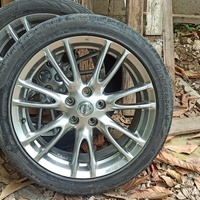 nissan skyline stock rims,2 rim with tyre 2 without