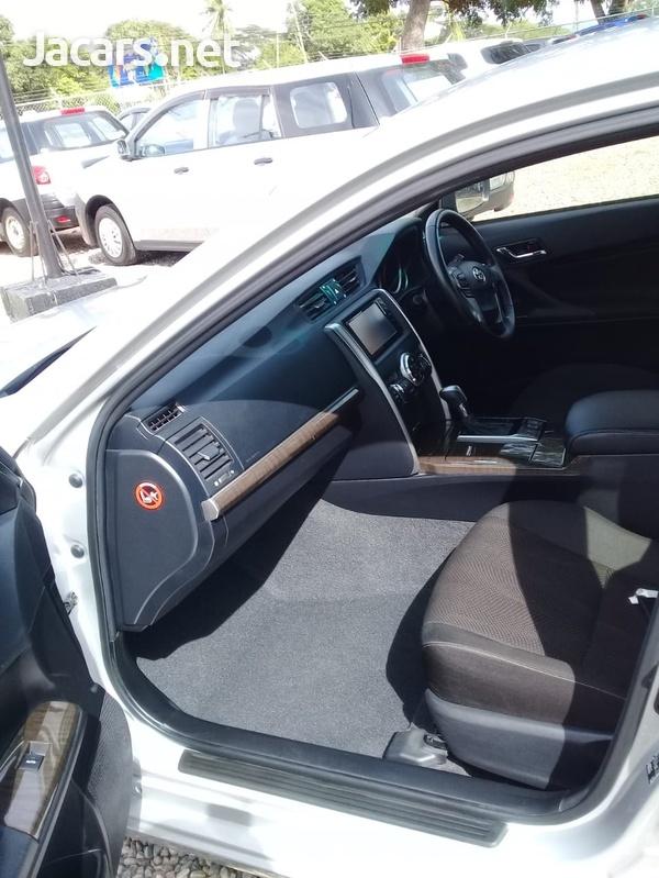 Toyota Mark X 2,4L 2016-5
