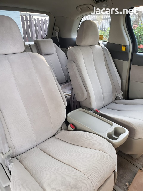 Toyota Estima 2,0L 2008-3