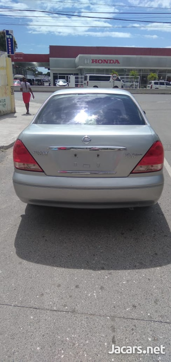 Nissan Sunny 1,6L 2007-1
