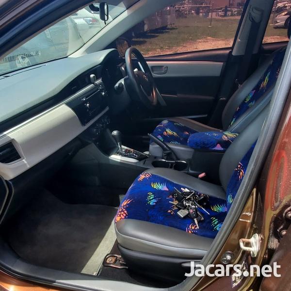 Toyota Corolla Altis 1,9L 2014-8