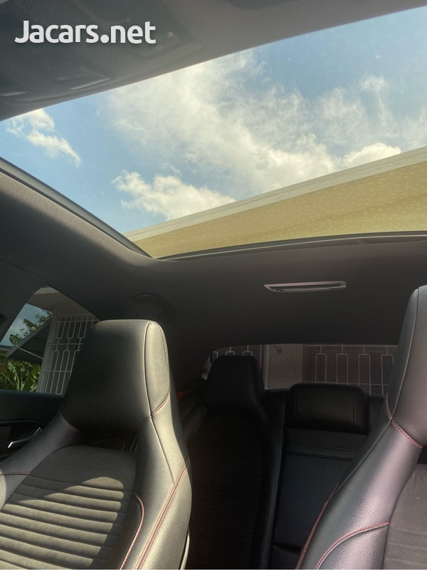 Mercedes-Benz CLA-Class 2,5L 2015-3