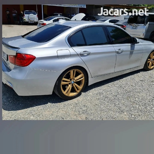 BMW 3-Series 2,1L 2014-1