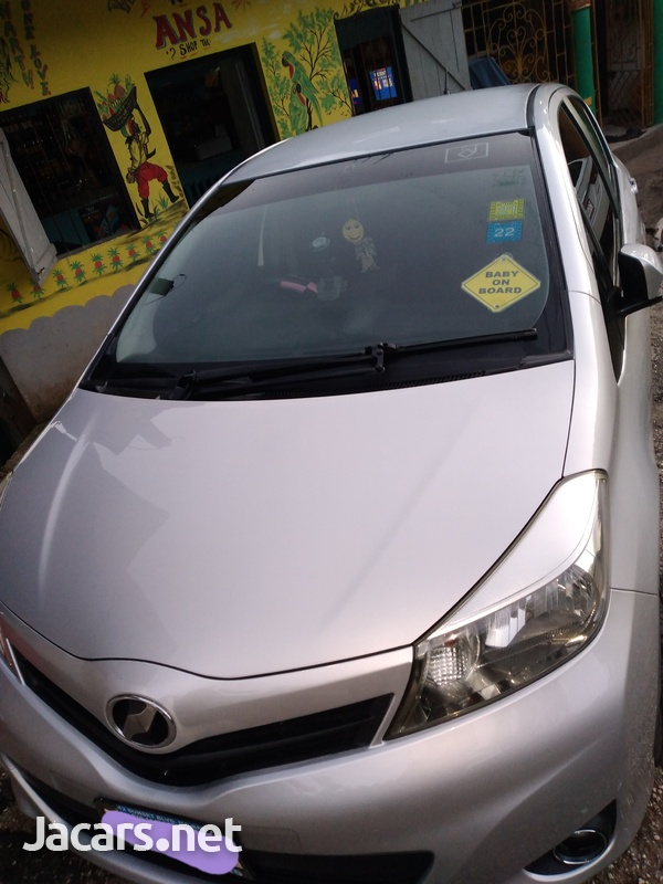 Toyota Vitz 1,0L 2013-2