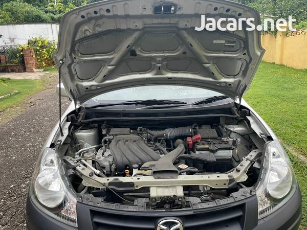 Mazda Familia 1,5L 2016-2