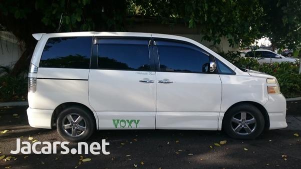 Toyota Voxy 2,0L 2006-2