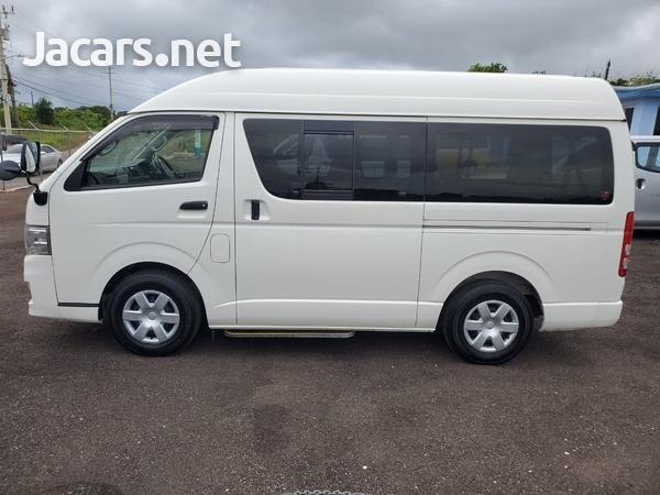 Toyota Hiace 2,0L 2013-6