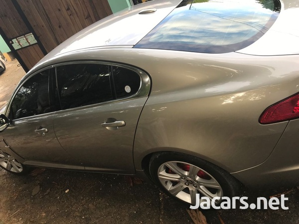 Jaguar XF 3,5L 2011-3