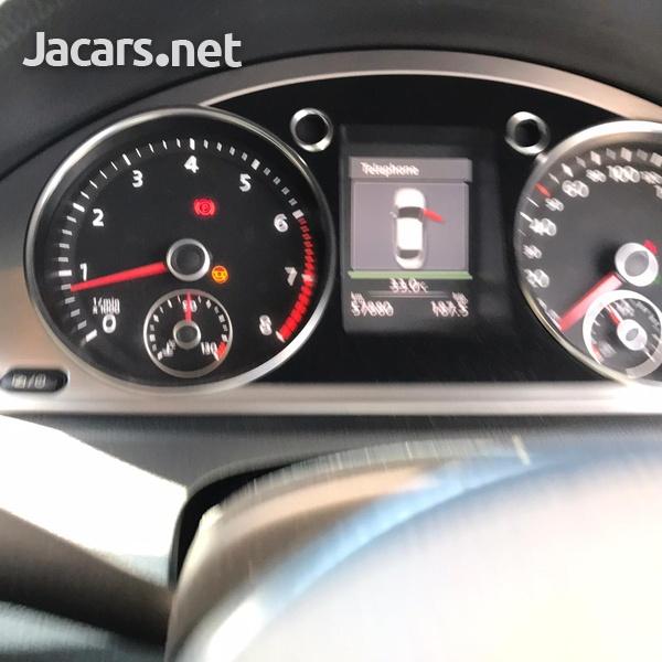 Volkswagen Passat 1,9L 2014-6