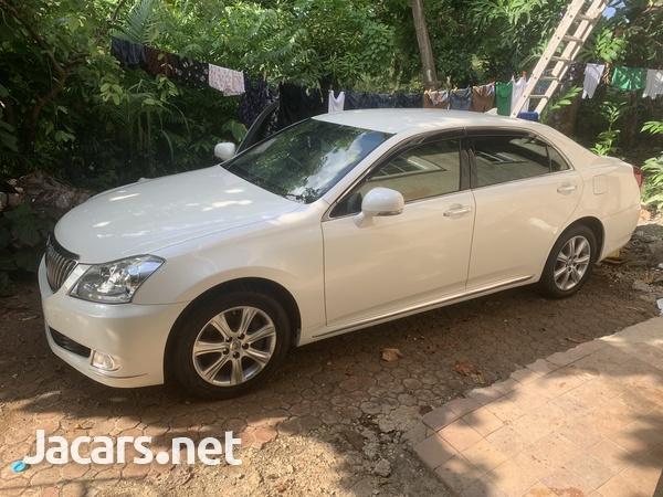 Toyota Crown 4,6L 2012-3