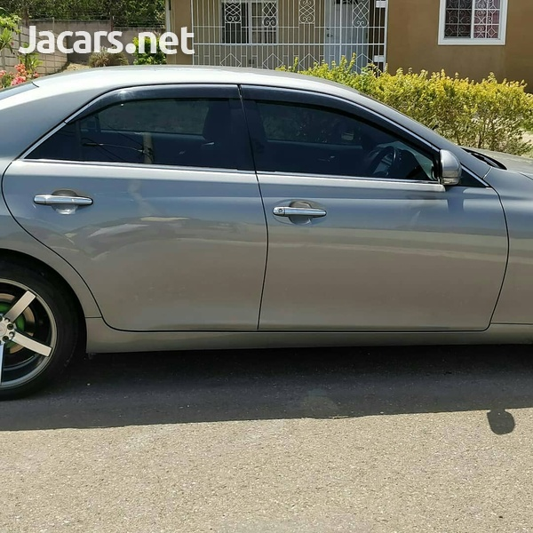 Toyota Mark X 2,5L 2010-2