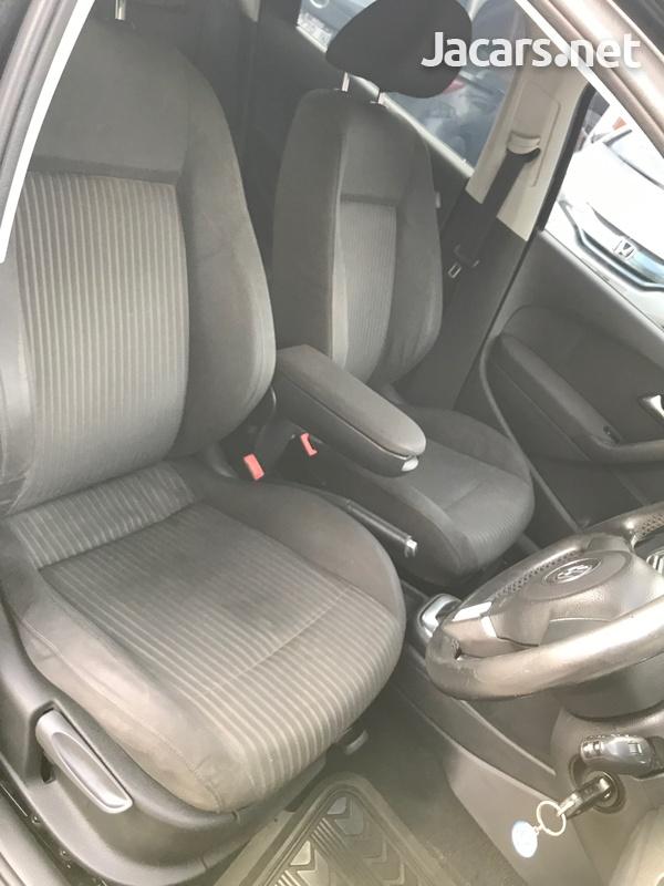 Volkswagen Polo 1,3L 2012-8
