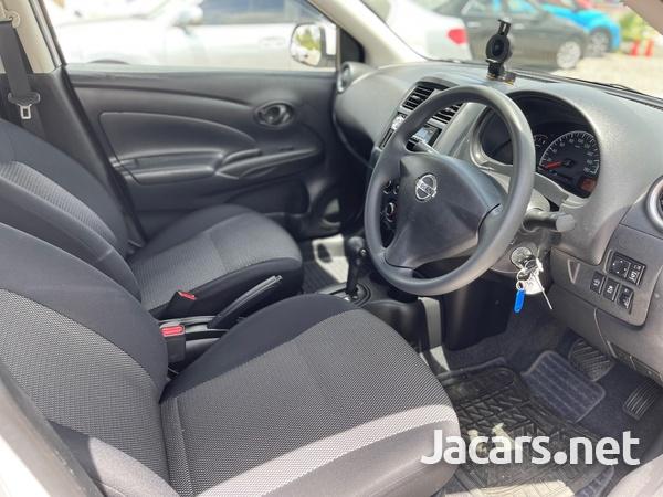 Nissan Latio 1,2L 2016-8