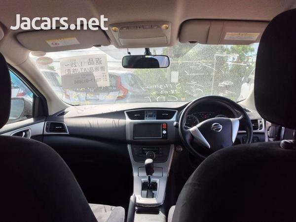 Nissan Bluebird 1,8L 2013-6
