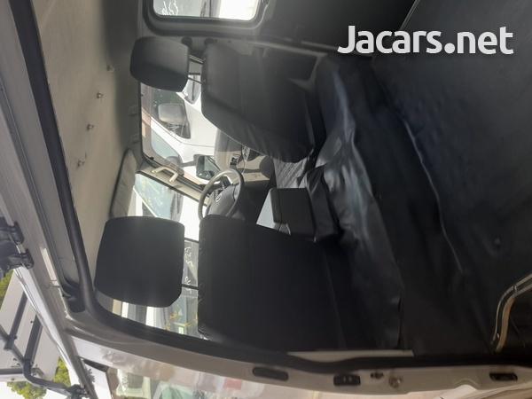 Mazda Bongo 1,8L 2016-11