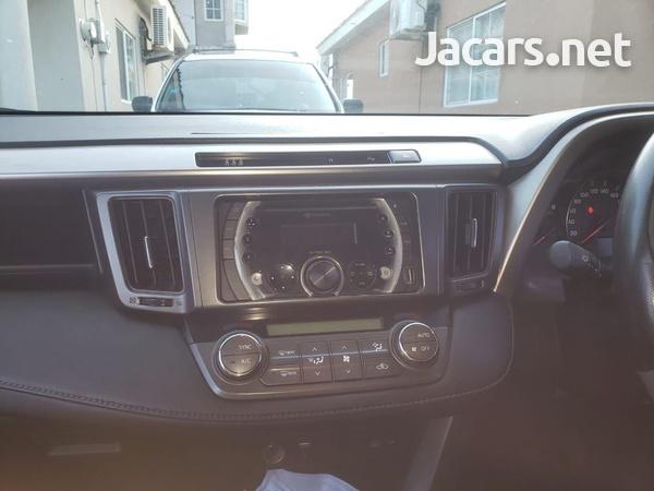 Toyota RAV4 2,5L 2014-3